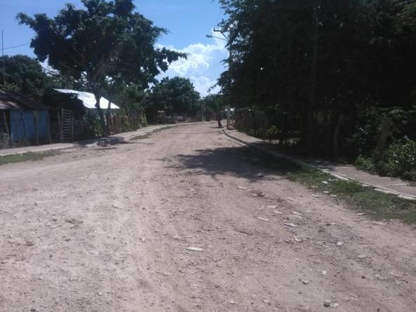 Exigen construcción de carretera