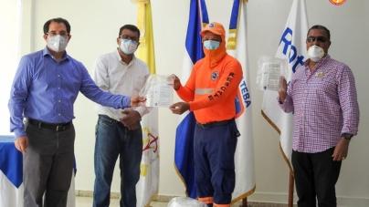 UCATEBA y Club Rotario de Barahona donan Máscaras Faciales a varias instituciones ante crisis por COVID-19