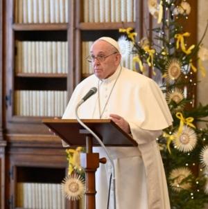 El Papa Francisco expresó a la República Centroafricana, su deseo de continuar por el camino de la paz.