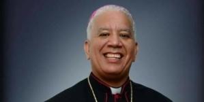 Monseñor Andrés Napoleón destaca la participación de la Iglesia en la Educación.