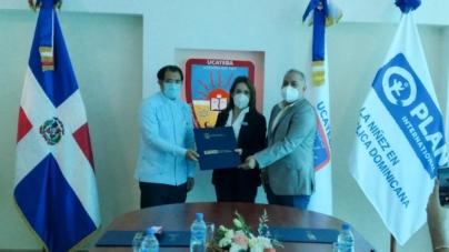 UCATEBA y Plan Internacional firman convenio para afrontar problemáticas de NNAJ en la Región Sur del país.